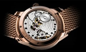 The well-designed copy Audemars Piguet Millenary 77244OR.GG.1272OR.01 watches have transparent backs.