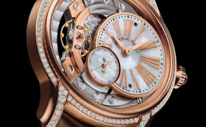 The 39.5 mm fake Audemars Piguet Millenary 77247OR.ZZ.A812CR.01 watches have off-centred dials.