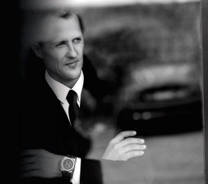 Michael Schumacher wears the fine watch Audemars Piguet Royal Oak Concept.